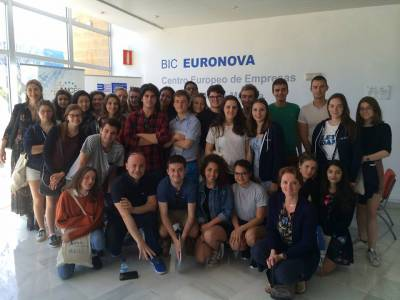 Students of Paris-Dauphine University learn the management model of BIC Euronova